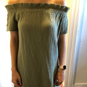Anthropologie off the shoulder dress size small